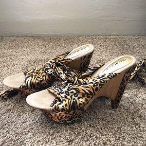 Shoes - Sandals | Wrap-Around Platform Leopard / Tiger